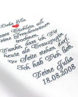 Besticktes Taschentuch zur Hochzeit für die Braut als Geschenk von der Trauzeugin