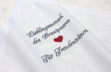 Besticktes Taschentuch zur Hochzeit für Freudentränen