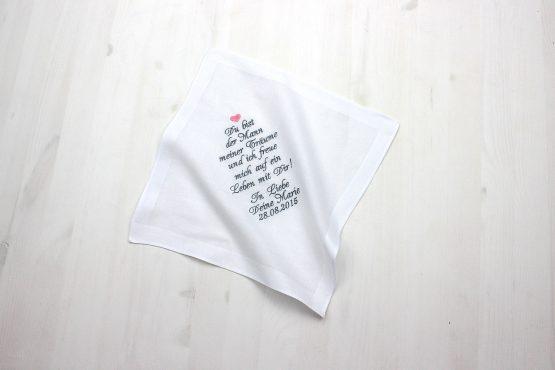 Besticktes Taschentuch zur Hochzeit für den Bräutigam, als Geschenk von der Braut für Freudentränen