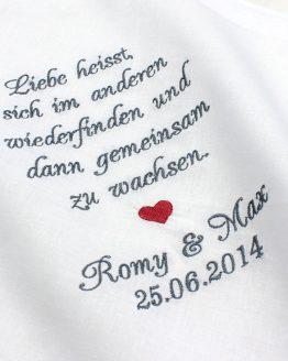 Besticktes Taschentuch zur Hochzeit für den Bräutigam und die Braut zum Fangen der Freudentränen